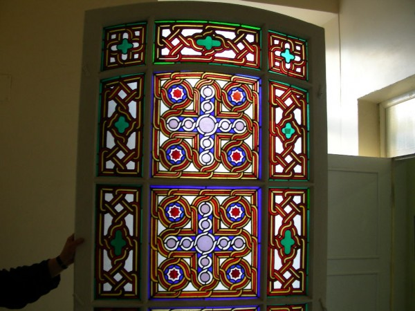 stained_glass_restoration.jpg
